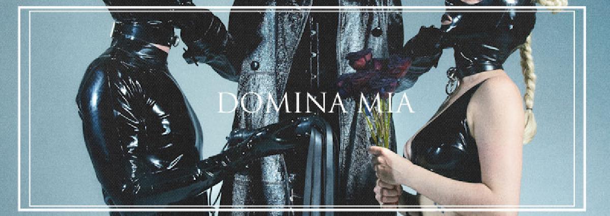 DOMINA MIA nude photos