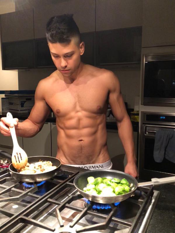 Jonnyboie nude photos