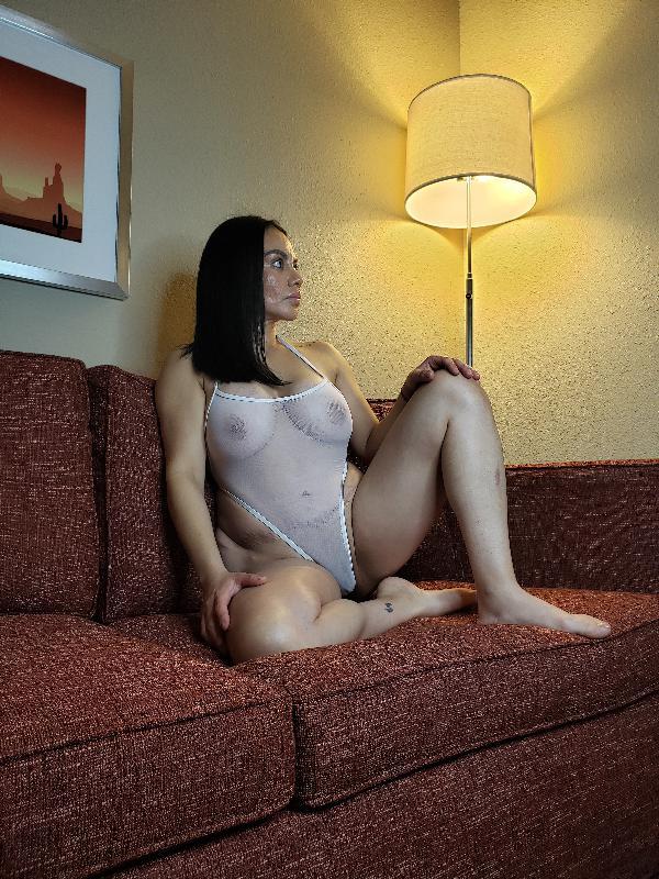 @latina_milf_vip