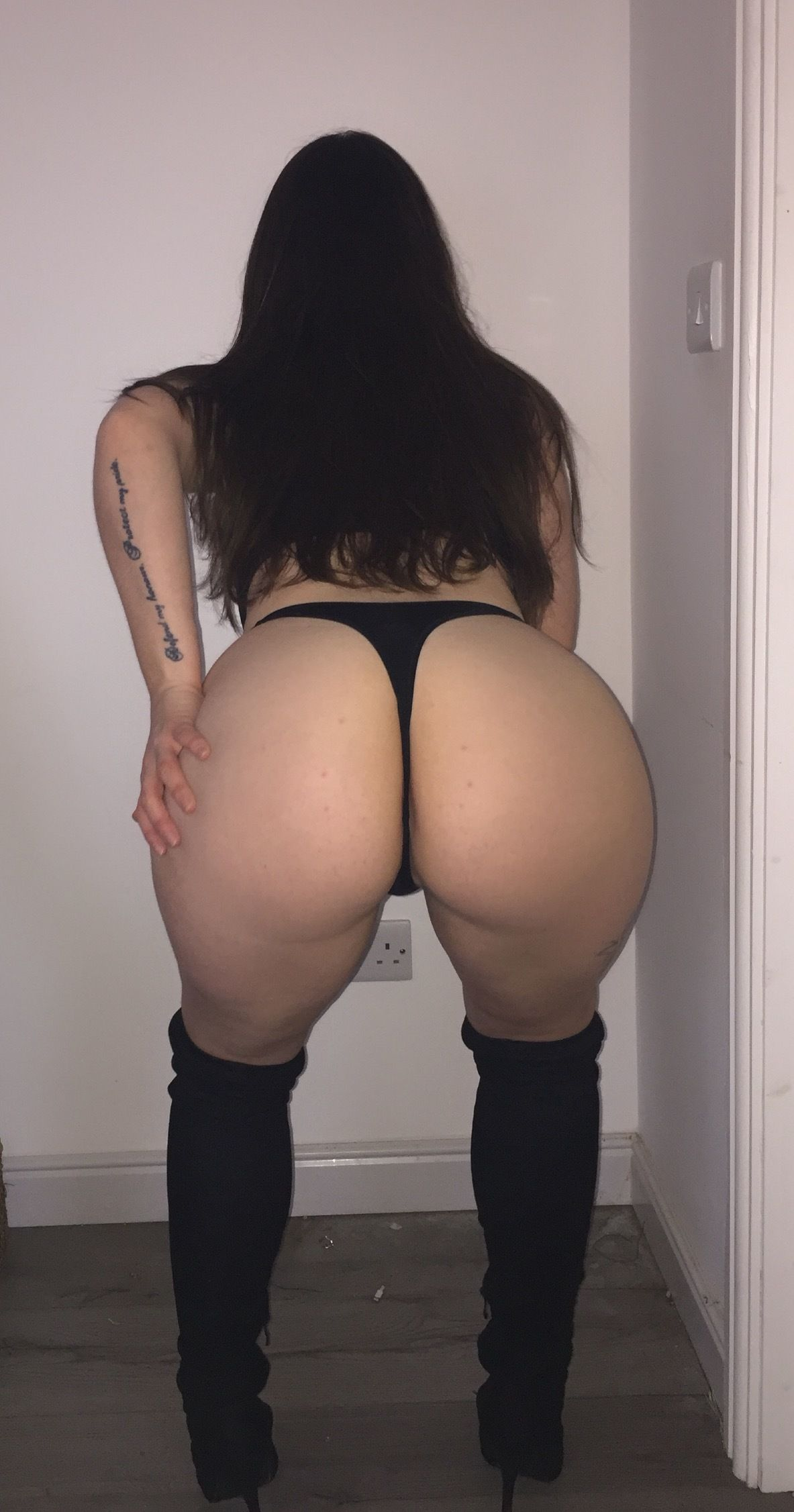 Letsbluntandbong photos and videos onlyfans leaked