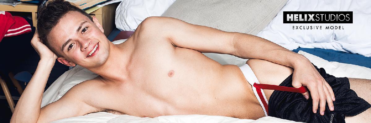 Logan Cross nude photos